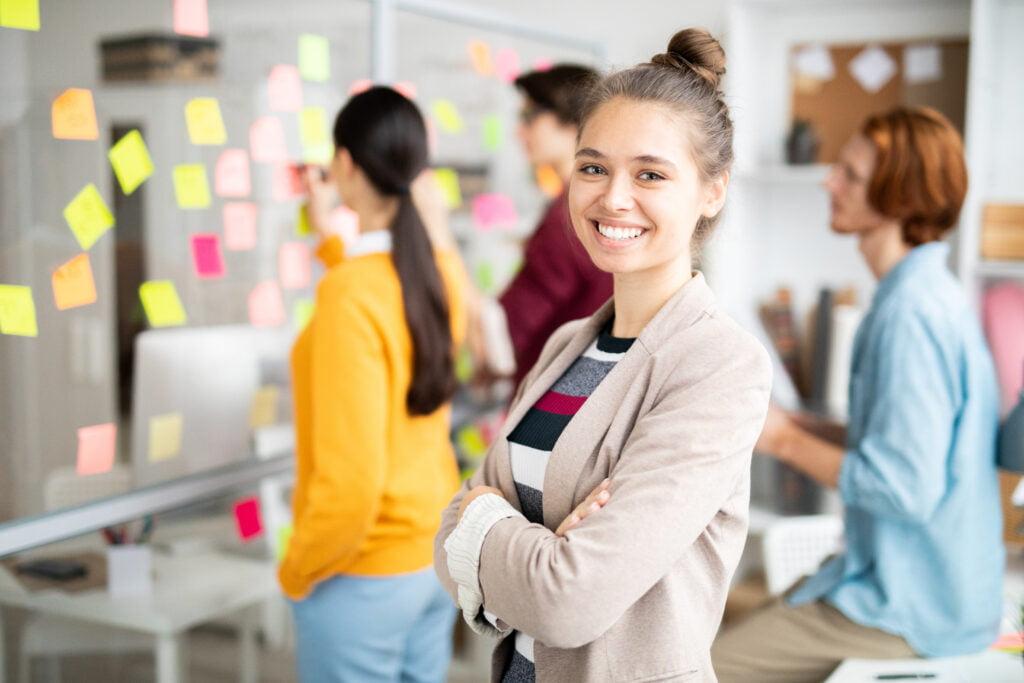 Junge Nachwuchskräfte im In-House Training für Führungskräfte